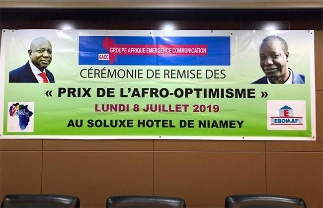 PRIX DE L'AFRO-OPTIMISME : APPOLINAIRE COMPAORÉ ENCORE RÉCOMPENSÉ
