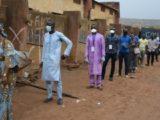 ''Contrairement au premier tour, le gouvernement a fait beaucoup d'effort cette fois-ci, surtout le masque de protection offert à chaque électeur, c'est un acte salutaire qui met fin aux craintes des populations'', nous confie Aboubacar Diarra